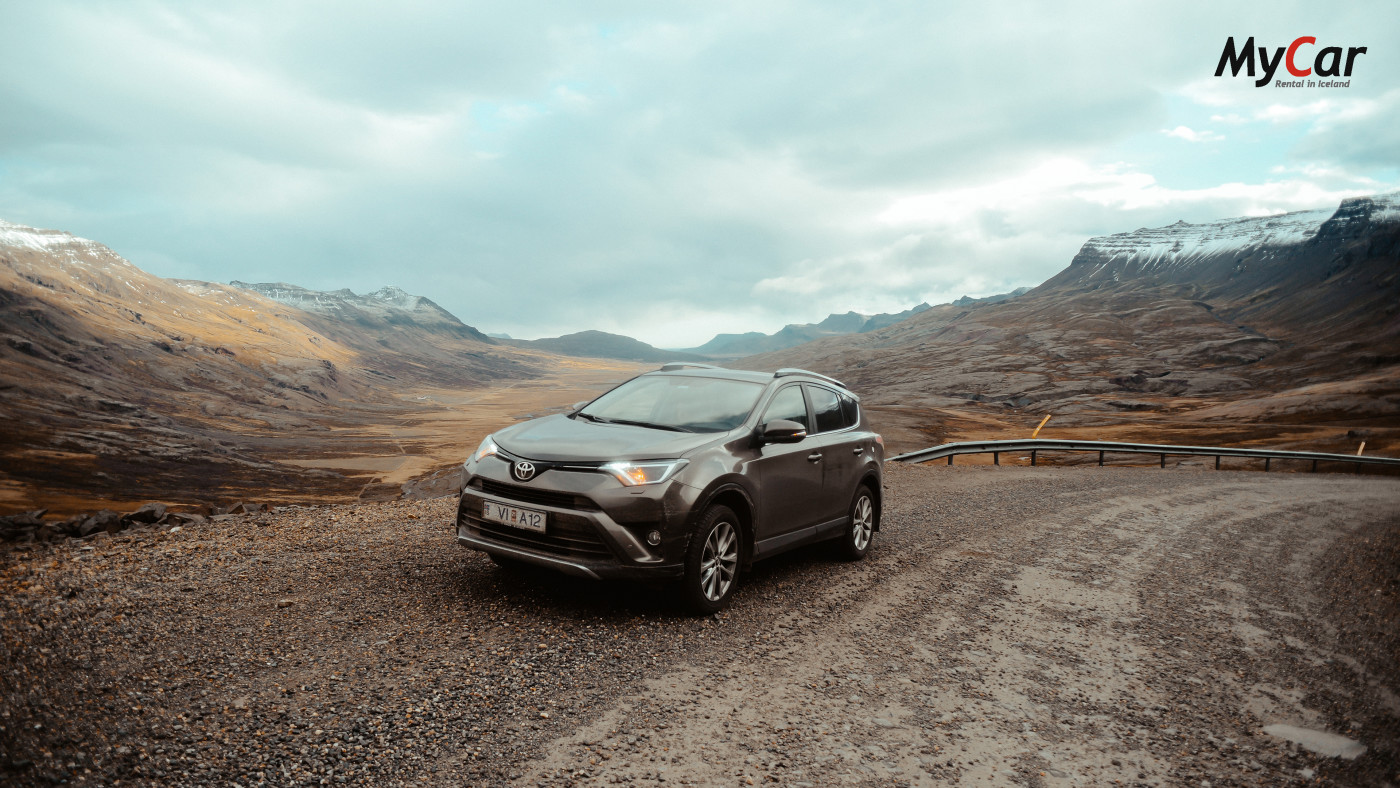 4x4 rental car in Iceland